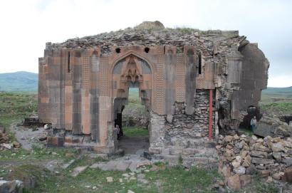 caravansaray or meeting place